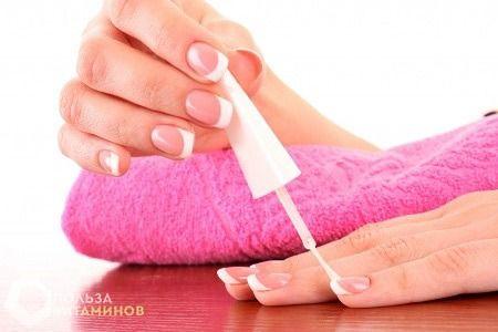 Які вітаміни допоможуть поліпшити стан нігтів?