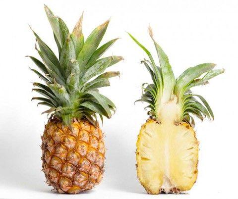 Які вітаміни в ананасі?